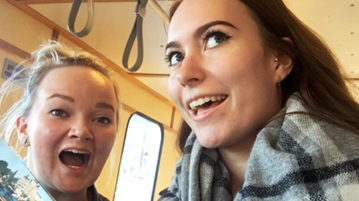 Petu ja Hetu junassa
