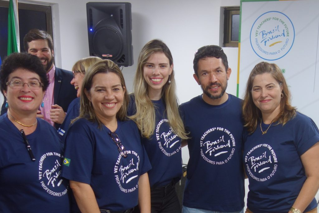Photo 1. This team of developers involved 282 teachers and 840 students in their development project in Brazil. From the left: Marize Passos, Conceição Cardoso Costa, Juliana Campos, Robson Félix and Azenaide Vieira.