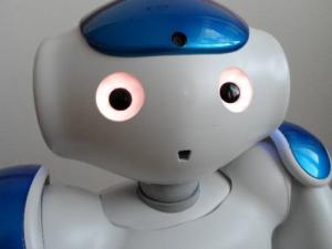 Kuva NAO-robotista