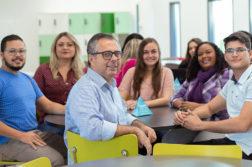 brasilialaisia opettajia